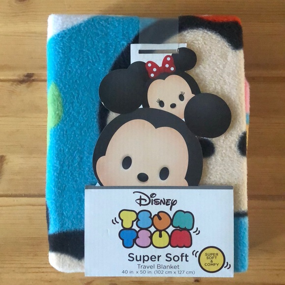 "NWT 2 Disney ""tsum tsum"" super soft blanket"
